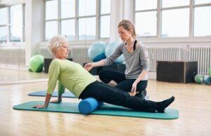 Πως η κακή σταθεροποίηση – ευθυγράμμιση της λεκάνης ευθύνεται για χρόνιους πόνους στην πλάτη, στο ισχίο και στο γόνατο