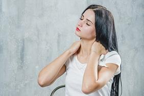 Χρόνιος πόνος στον αυχένα & που μπορεί να οφείλεται